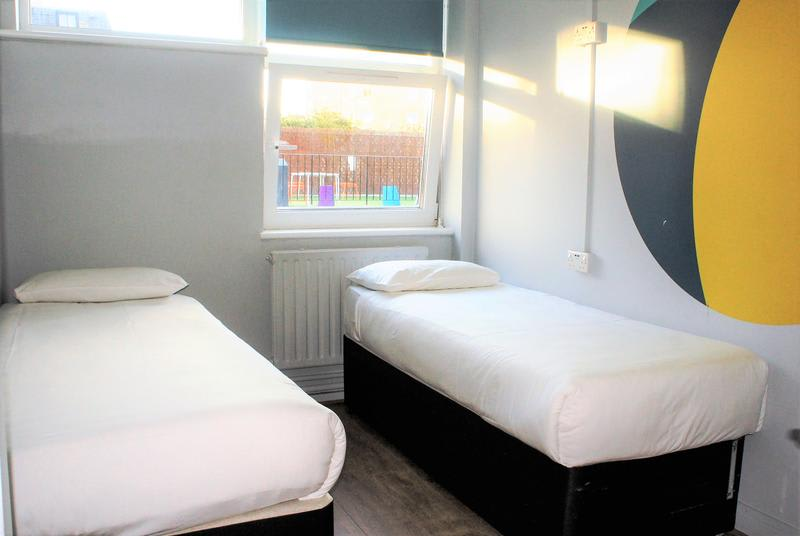 HOSTEL - Via Limehouse