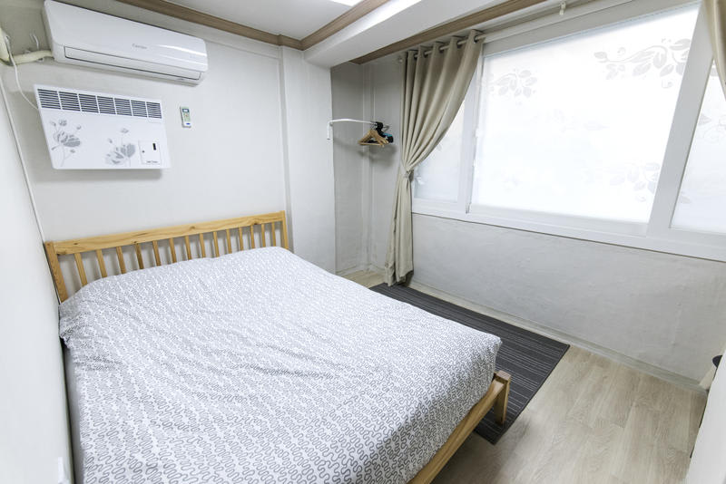 HOSTEL - 10 Guesthouse
