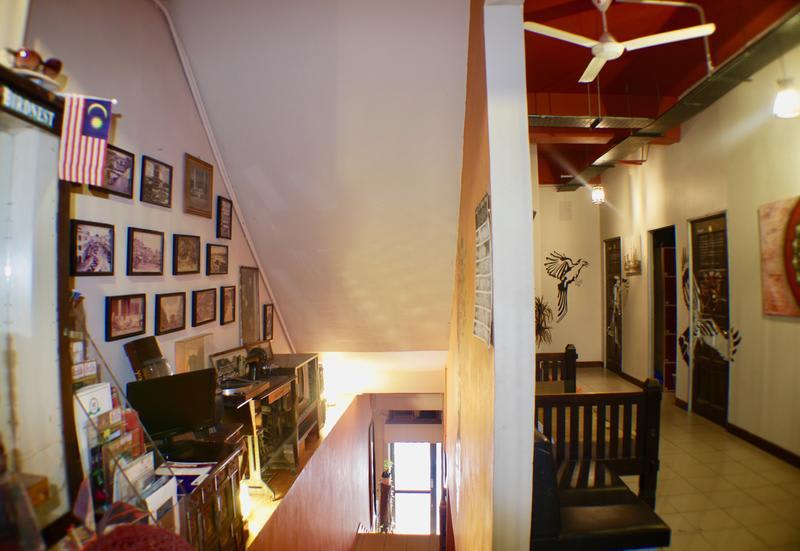 HOSTEL - Birdnest Collective Cafe & Guesthouse