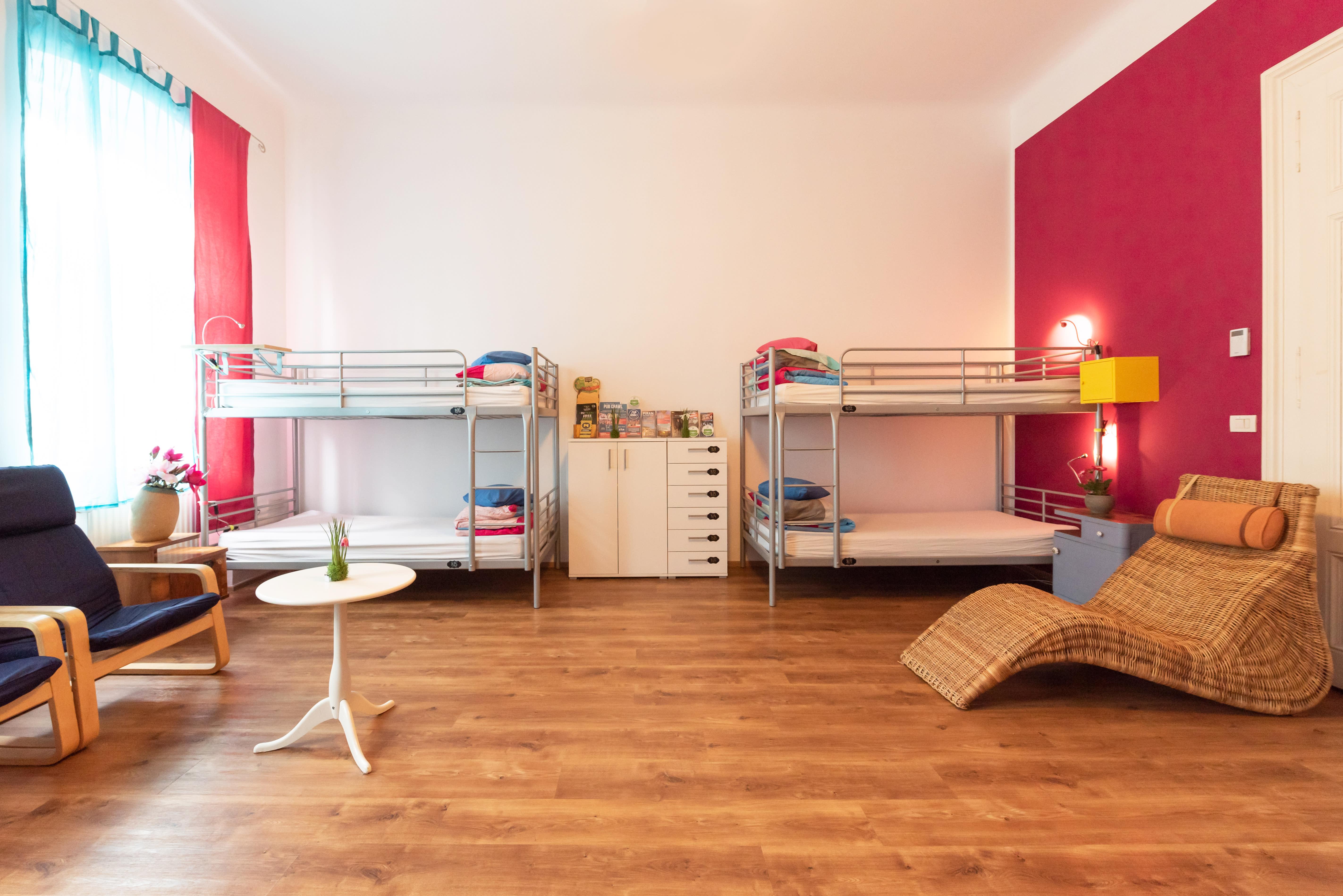 Fluxus Hostel