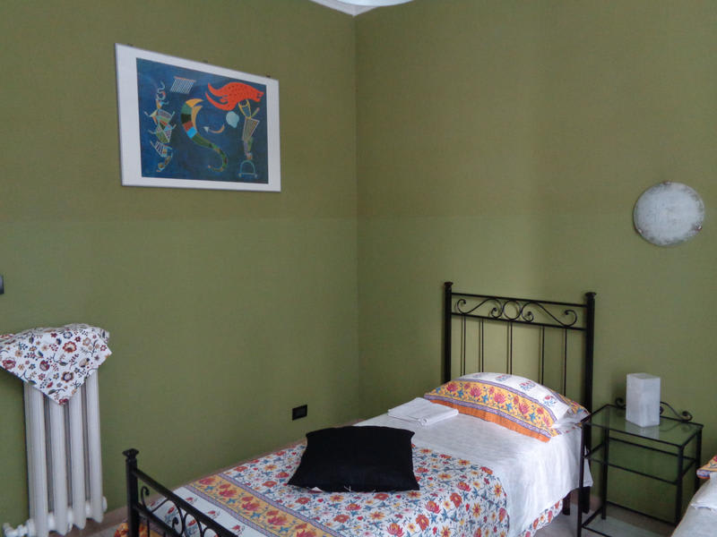 HOSTEL - Pensione Giamaica for Girls and Ladies