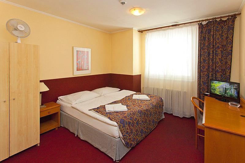 A Plus Hostel