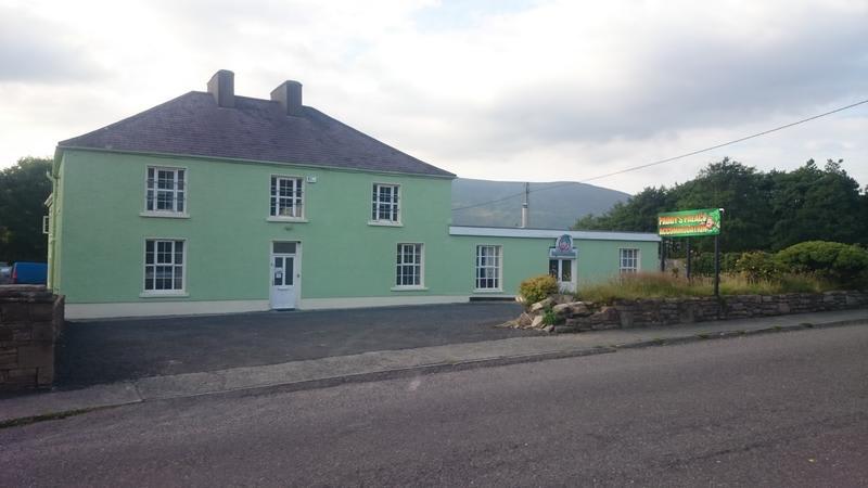 Paddy's Palace - Dingle Peninsula