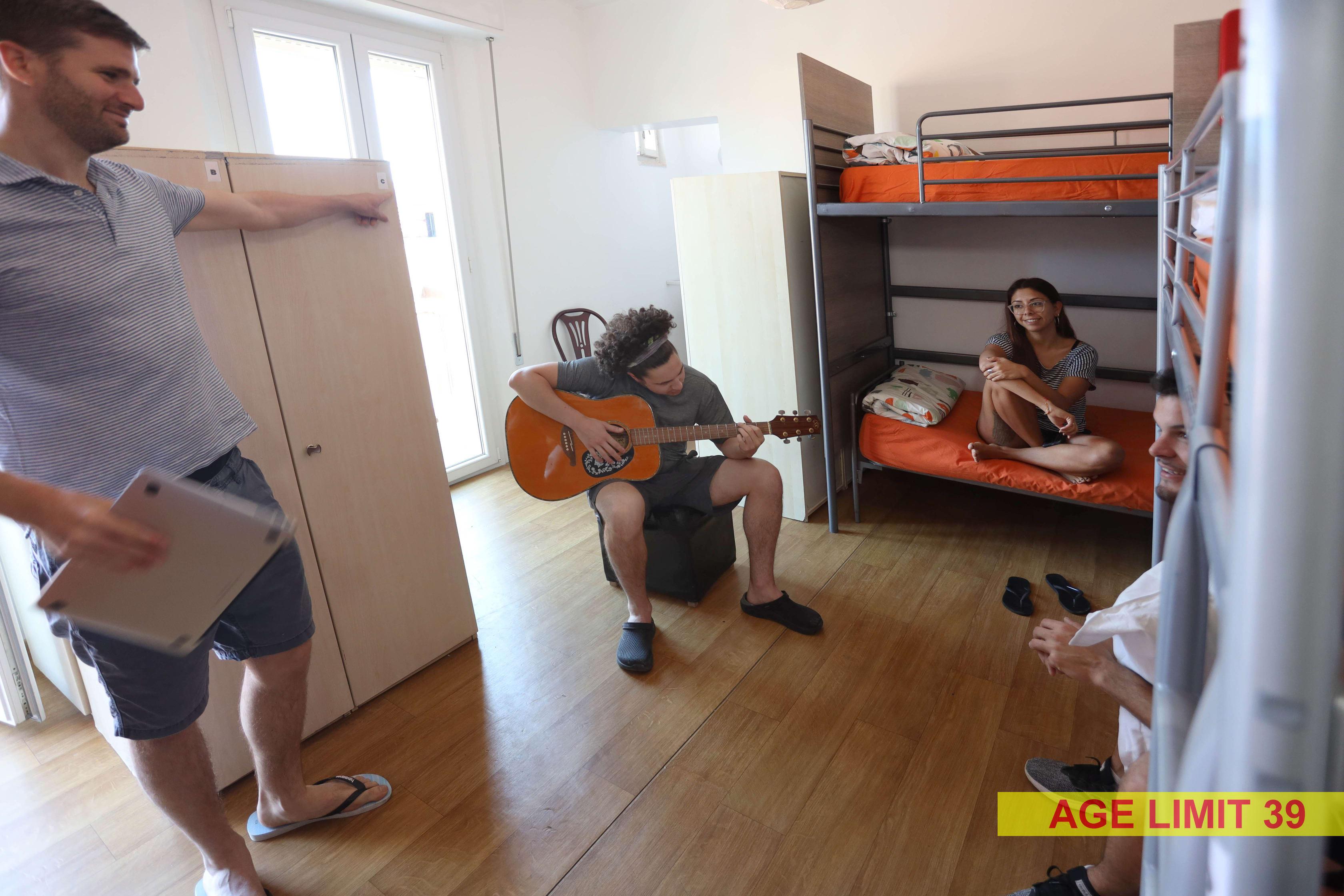 Jammin' Hostel & Bar Rimini Beach