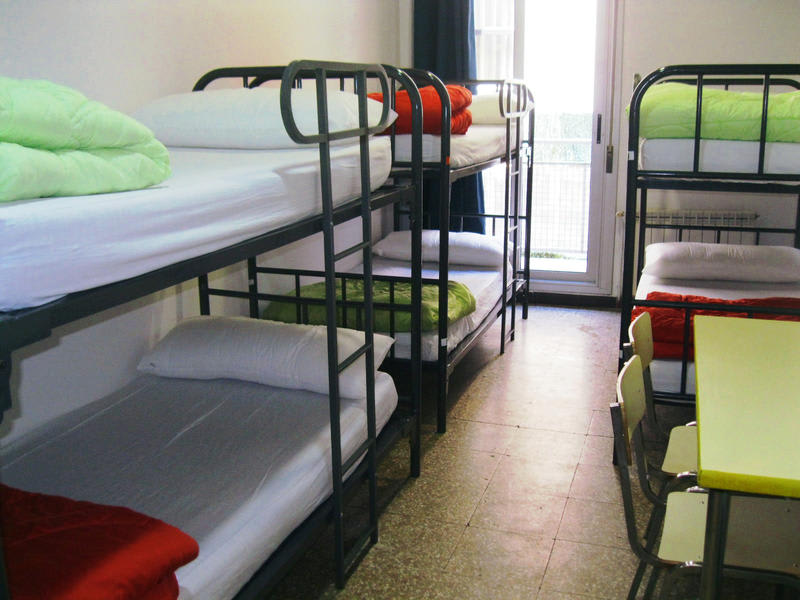 Ideal Youth Hostel
