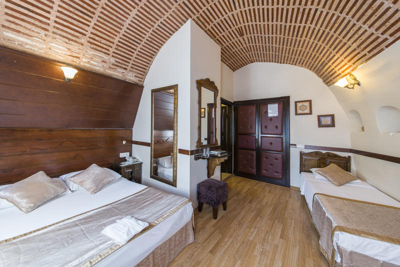 HOSTEL - Naz Wooden House Inn