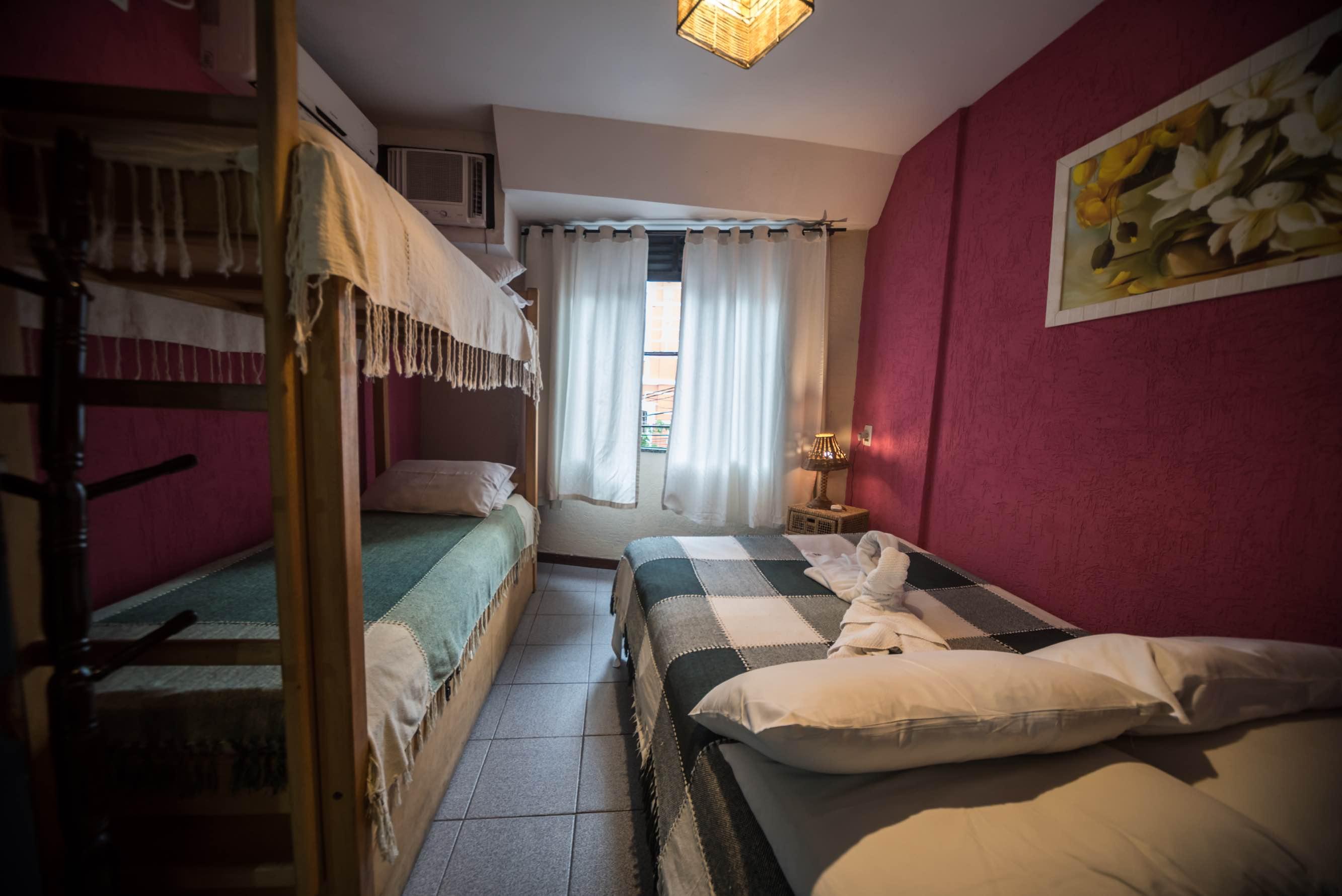 Tupiniquim Hostel