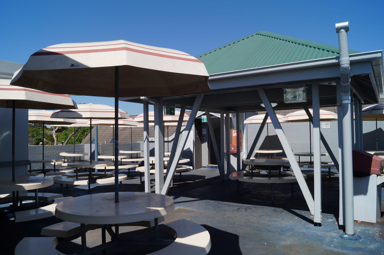HOSTEL - Rooftop Travellers Lodge