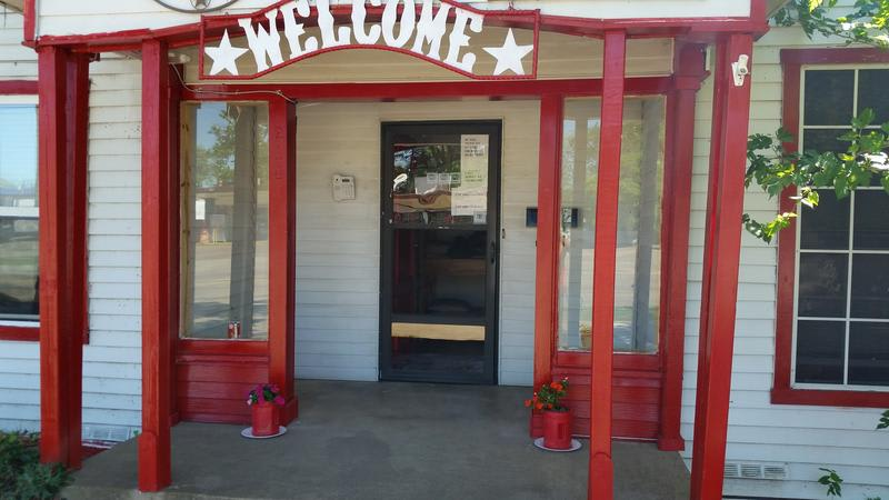 HOSTEL - The Wild, Wild West Dallas Irving Backpackers' B&B