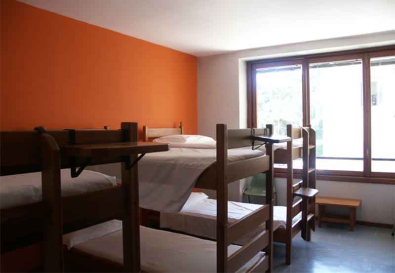 HOSTEL - YHA Ostello Mergellina