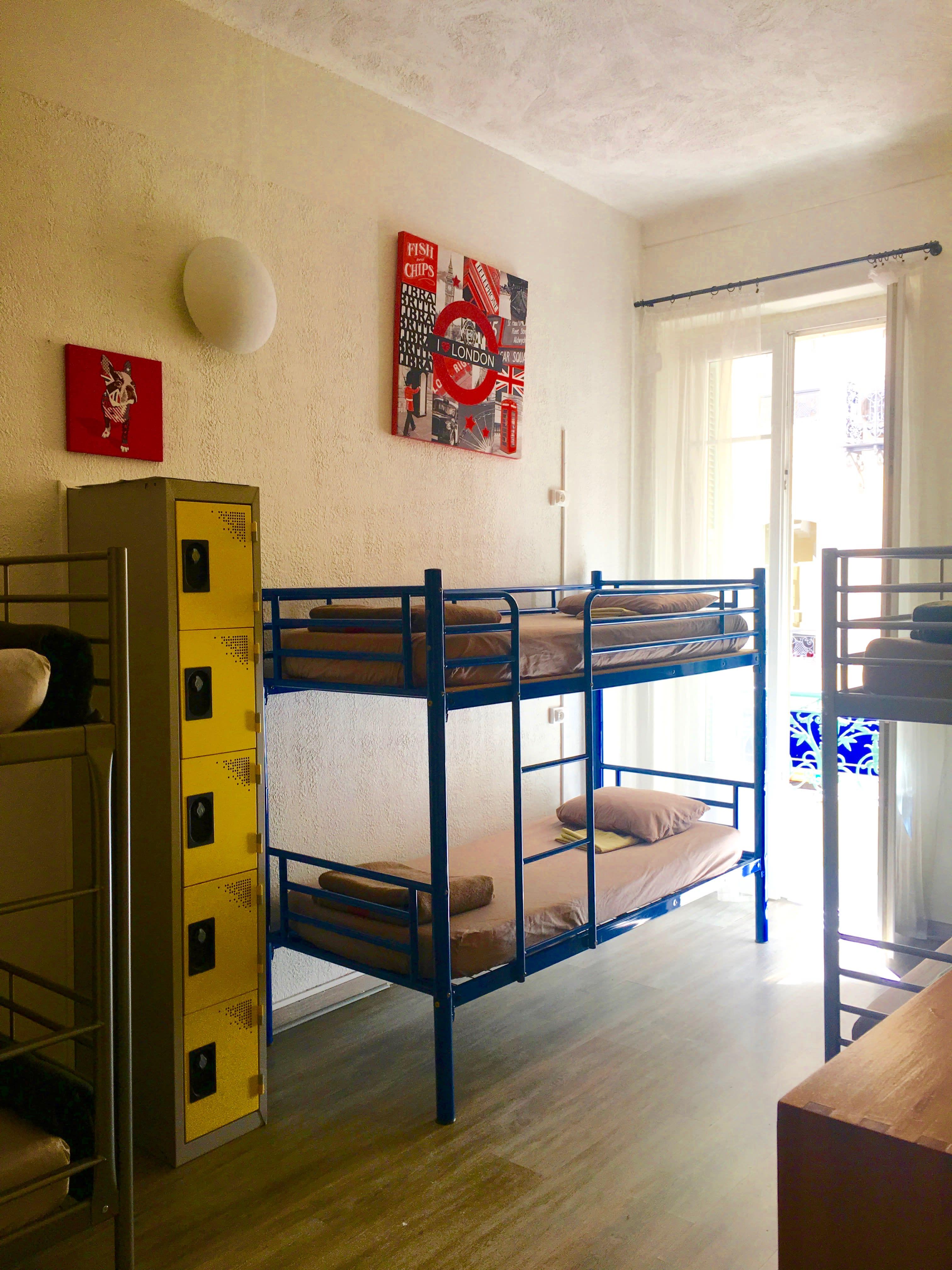 Backpacker's Hostel Chez Patrick