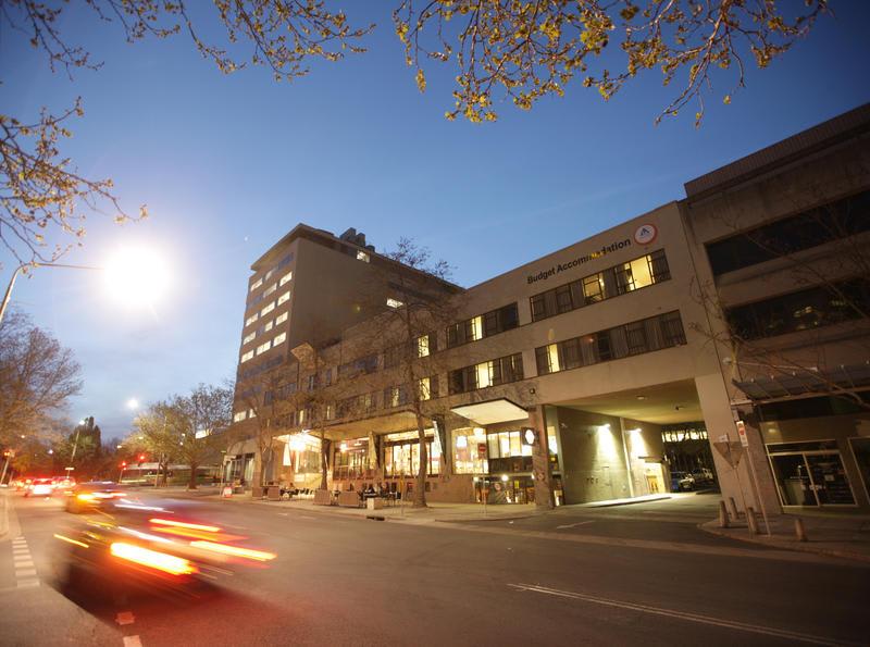 HOSTEL - Canberra City YHA