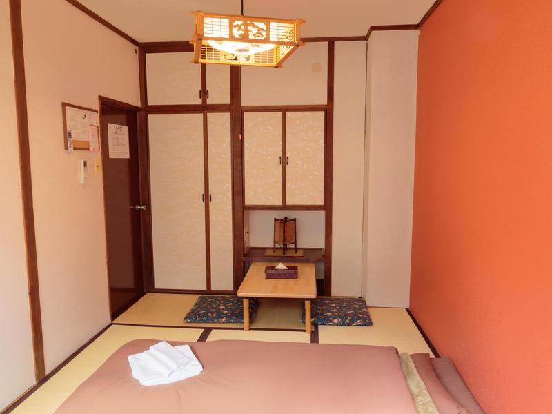 J-Hoppers Hiroshima Guesthouse