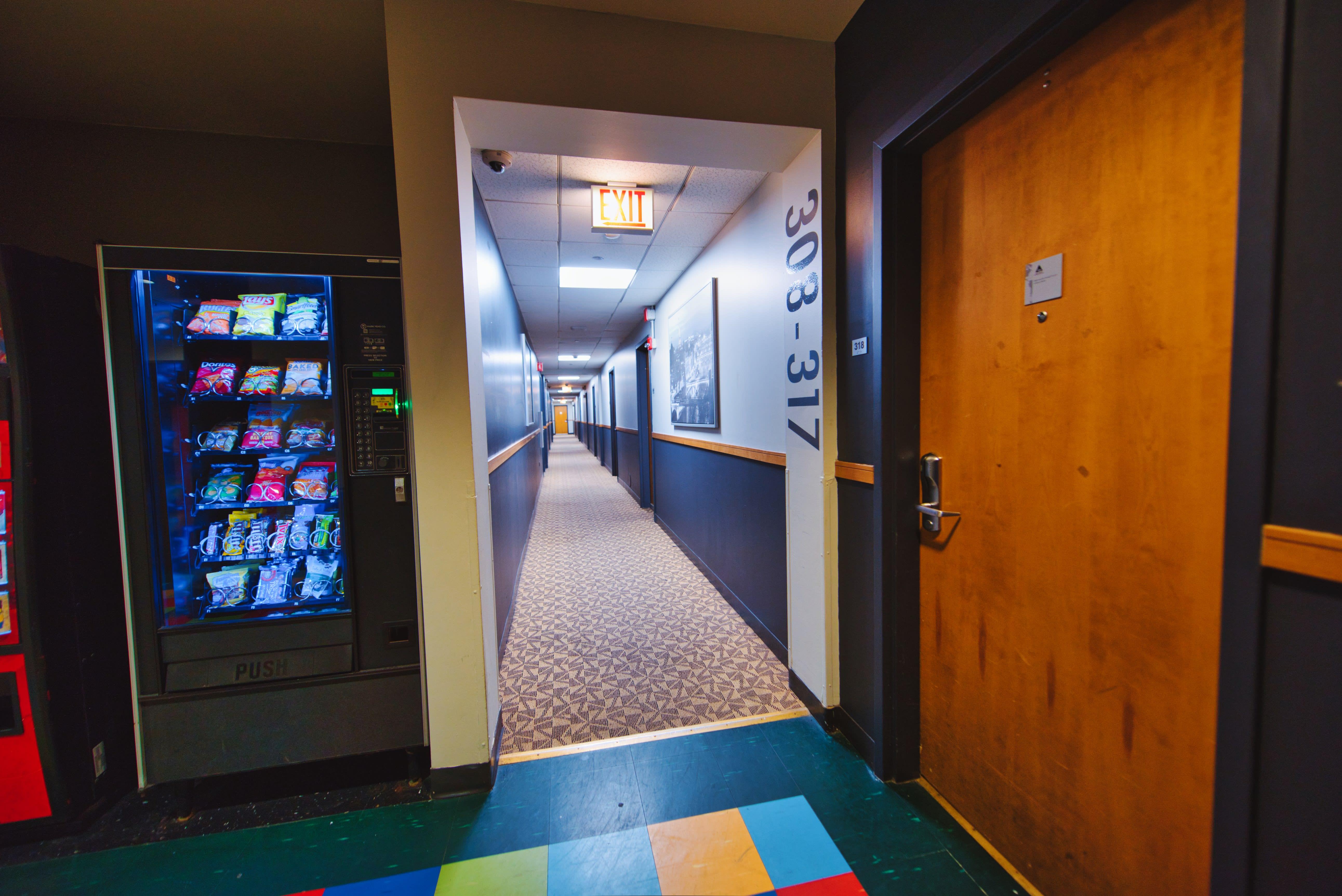 HOSTEL - HI Chicago, The J.Ira & Nicki Harris Family Hostel