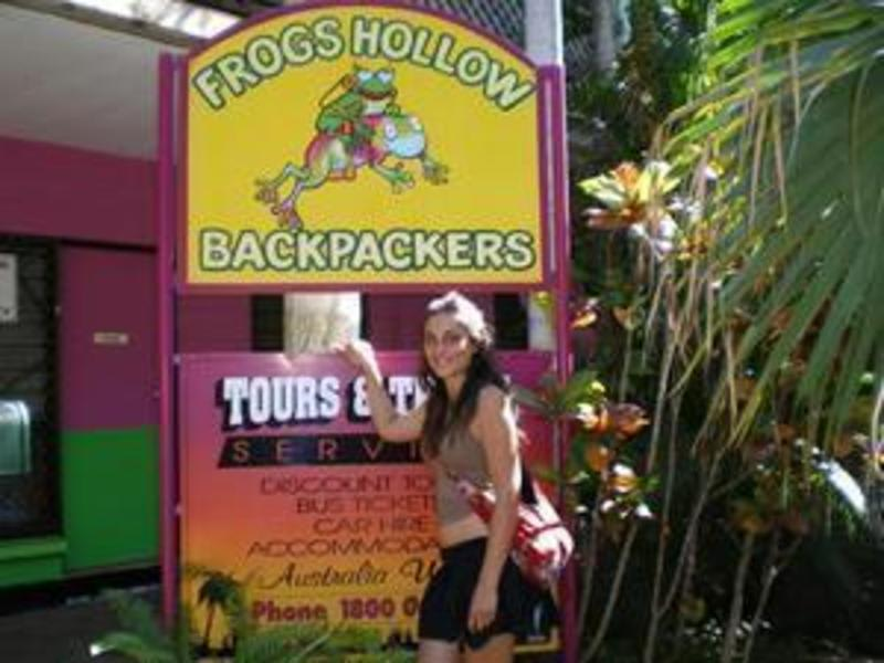 Frogshollow Lodge & Backpackers