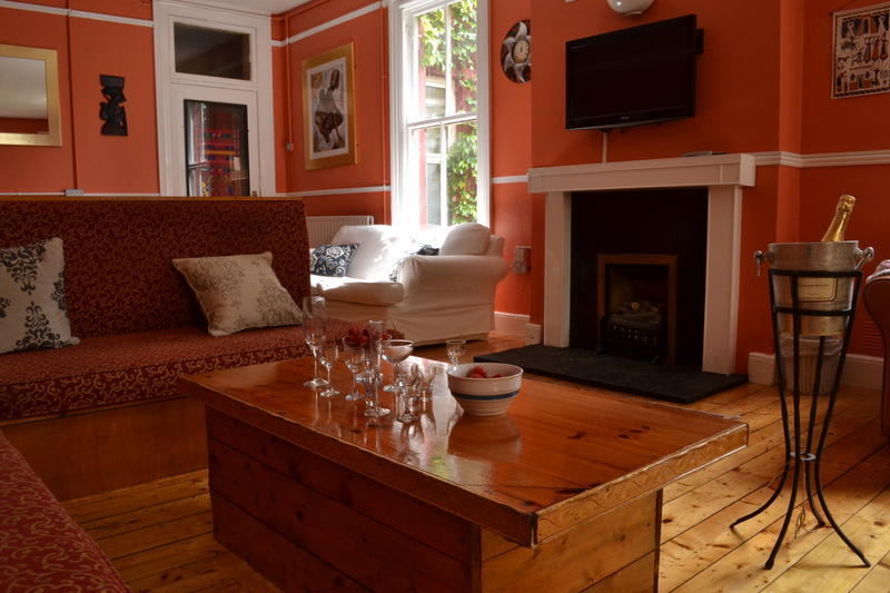 HOSTEL - Kinlay House Cork