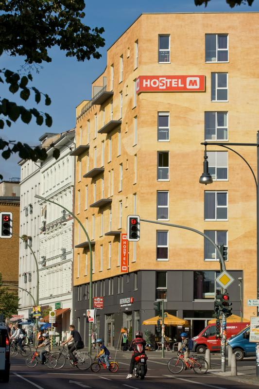 HOSTEL - MEININGER Berlin Alexanderplatz