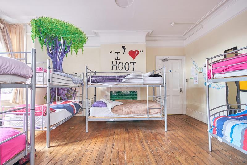 HOSTEL - Hootananny Hostel
