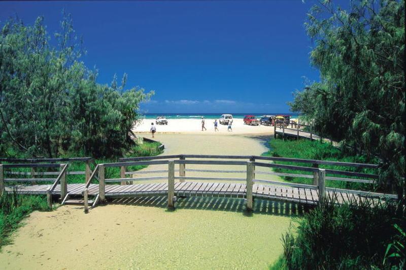 Frasers On Rainbow Beach