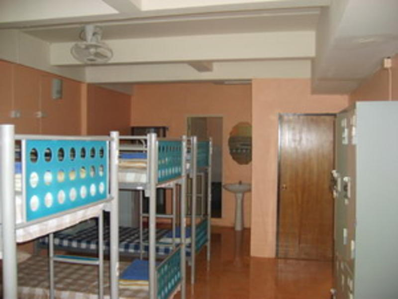 HOSTEL - Pineapple Guesthouse