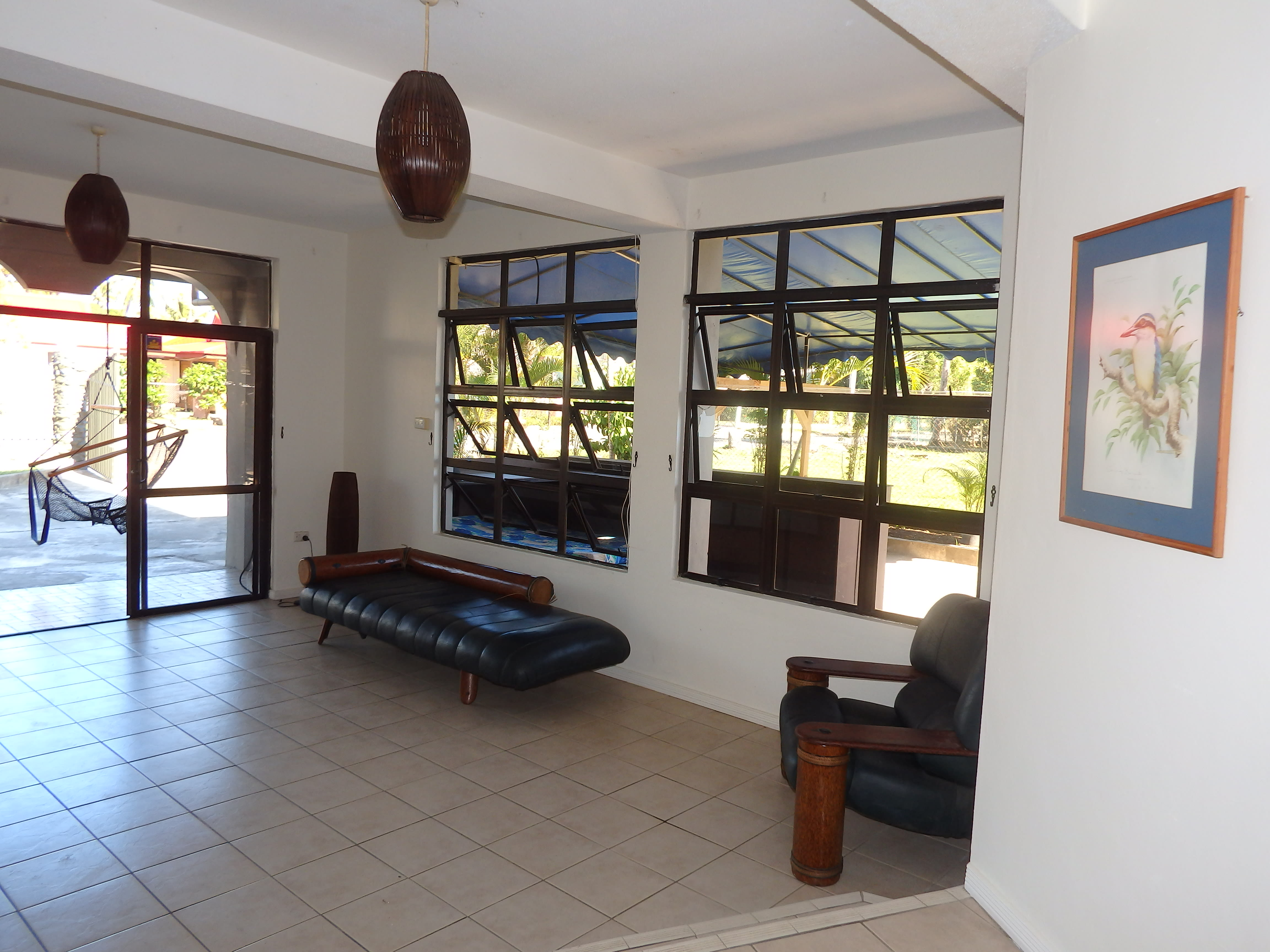 HOSTEL - Bluewater Lodge