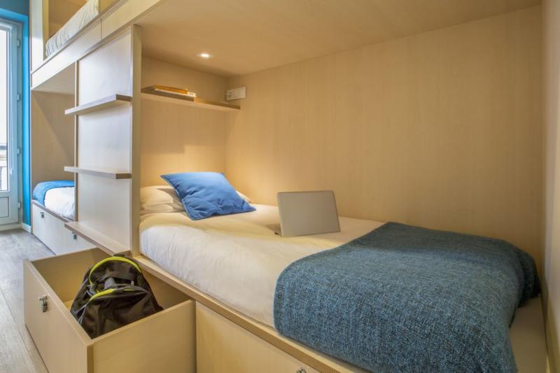 HOSTEL - Mola Hostel