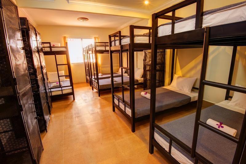 HOSTEL - B52 Hostel