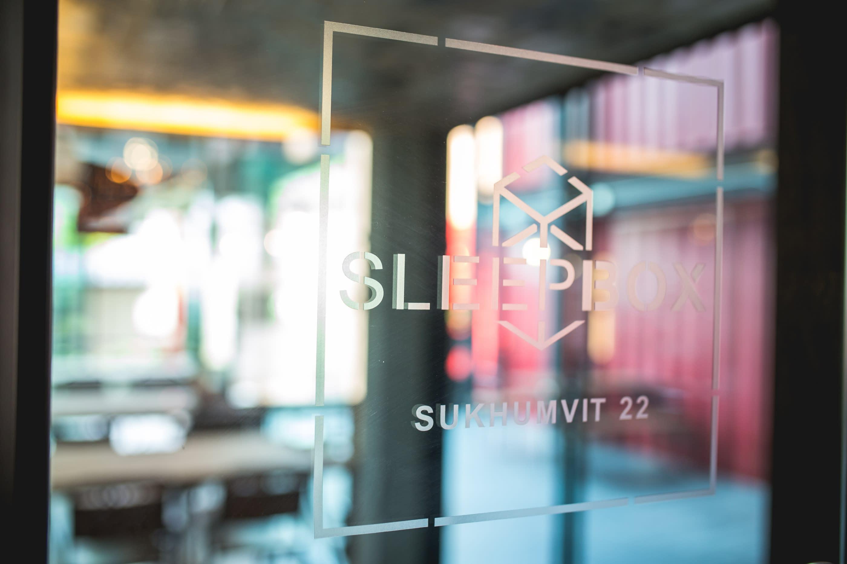 HOSTEL - Sleepbox Sukhumvit 22