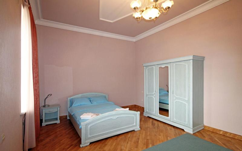 HOSTEL - Bridge House Yerevan Armenia