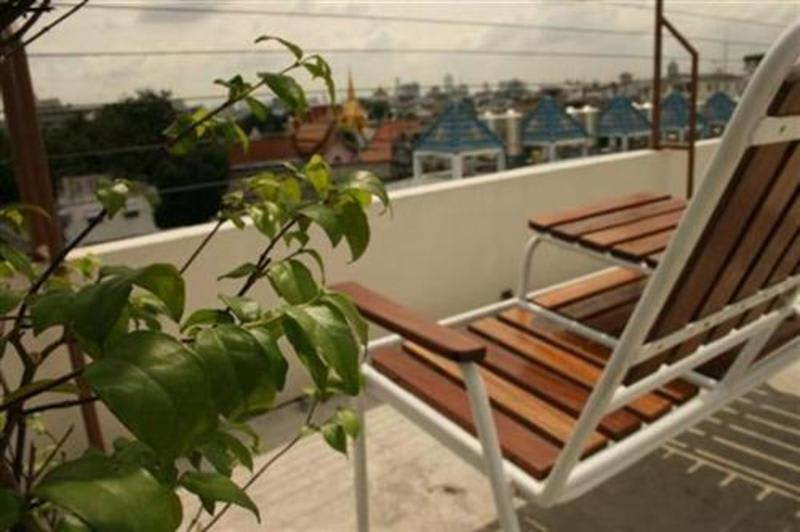 HOSTEL - Roof View Place