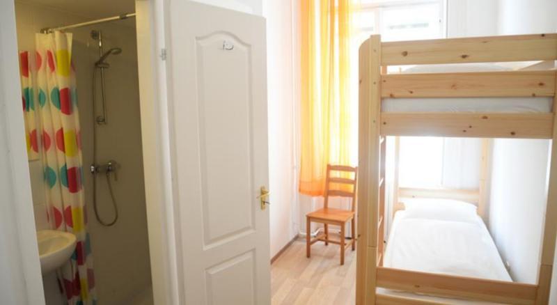 HOSTEL - Toucan Hostel Budapest