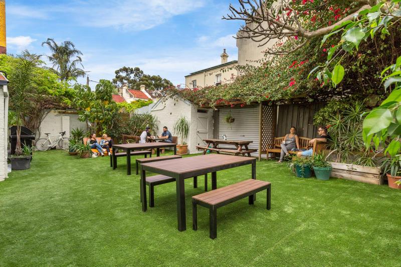 HOSTEL - Secret Garden Backpackers Sydney