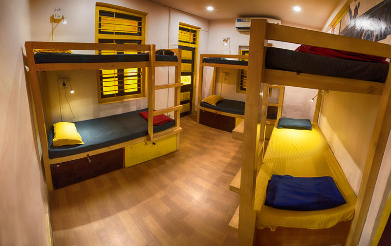 HOSTEL - Bombay Backpackers