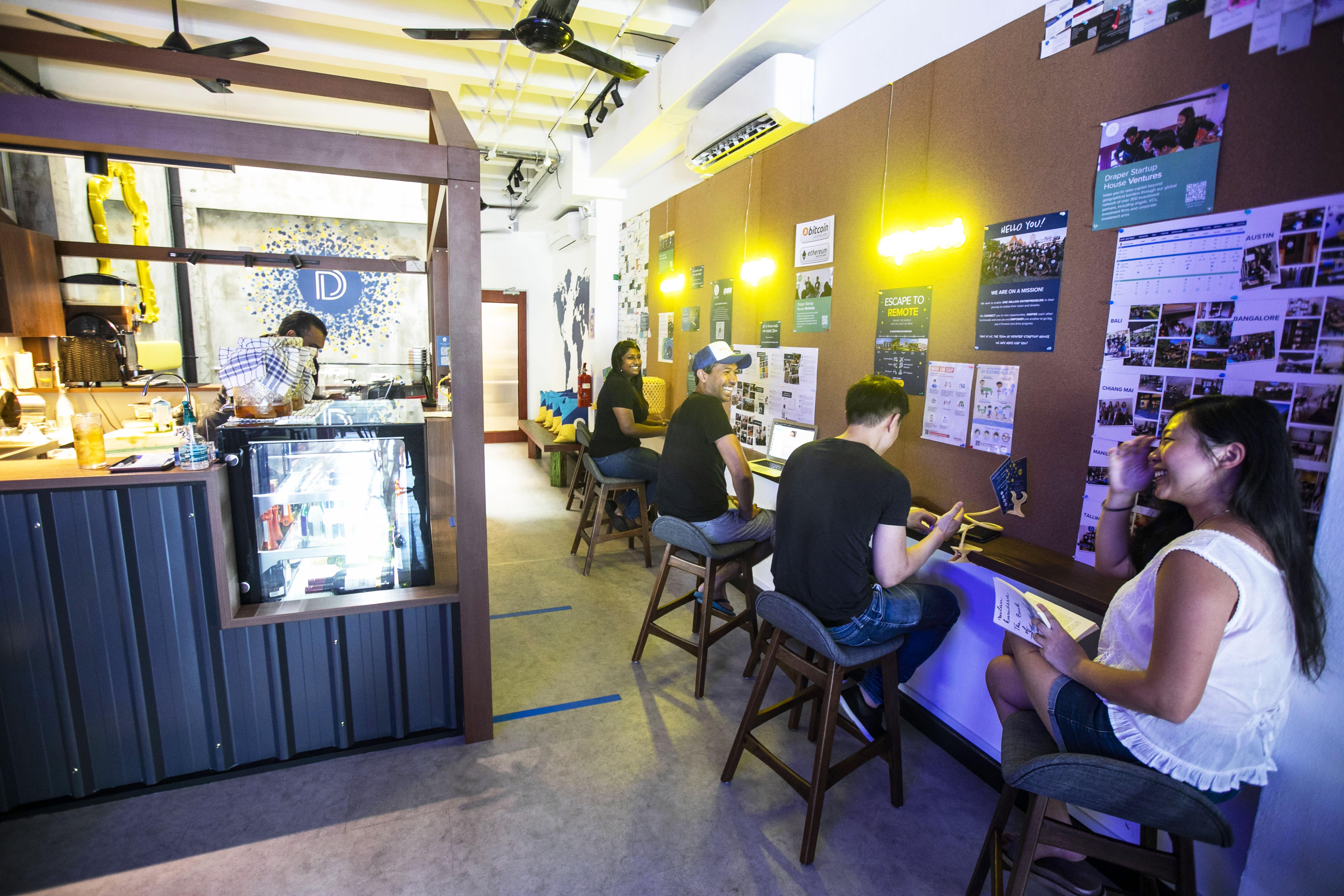 HOSTEL - Draper Startup House for Entrepreneurs