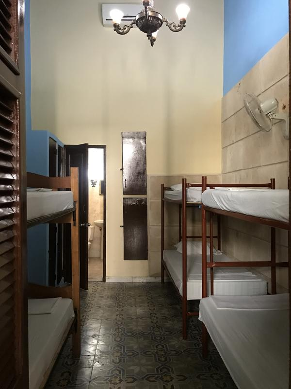 HOSTEL - Paradise Hostel Backpacker