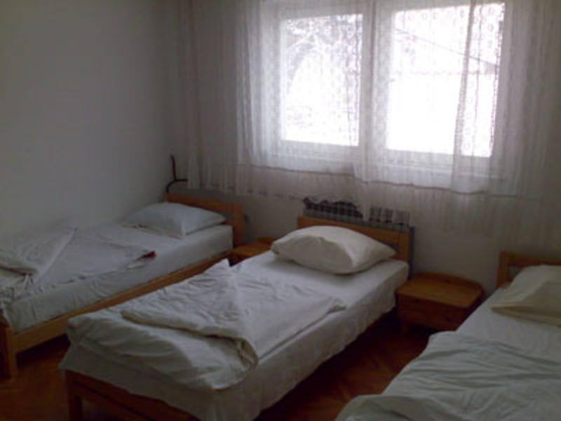 HOSTEL - Merak House