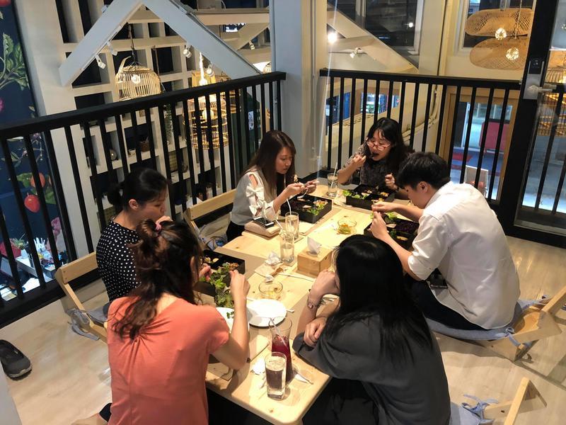 HOSTEL - Kinnon Deluxe Hostel Coworking Cafe
