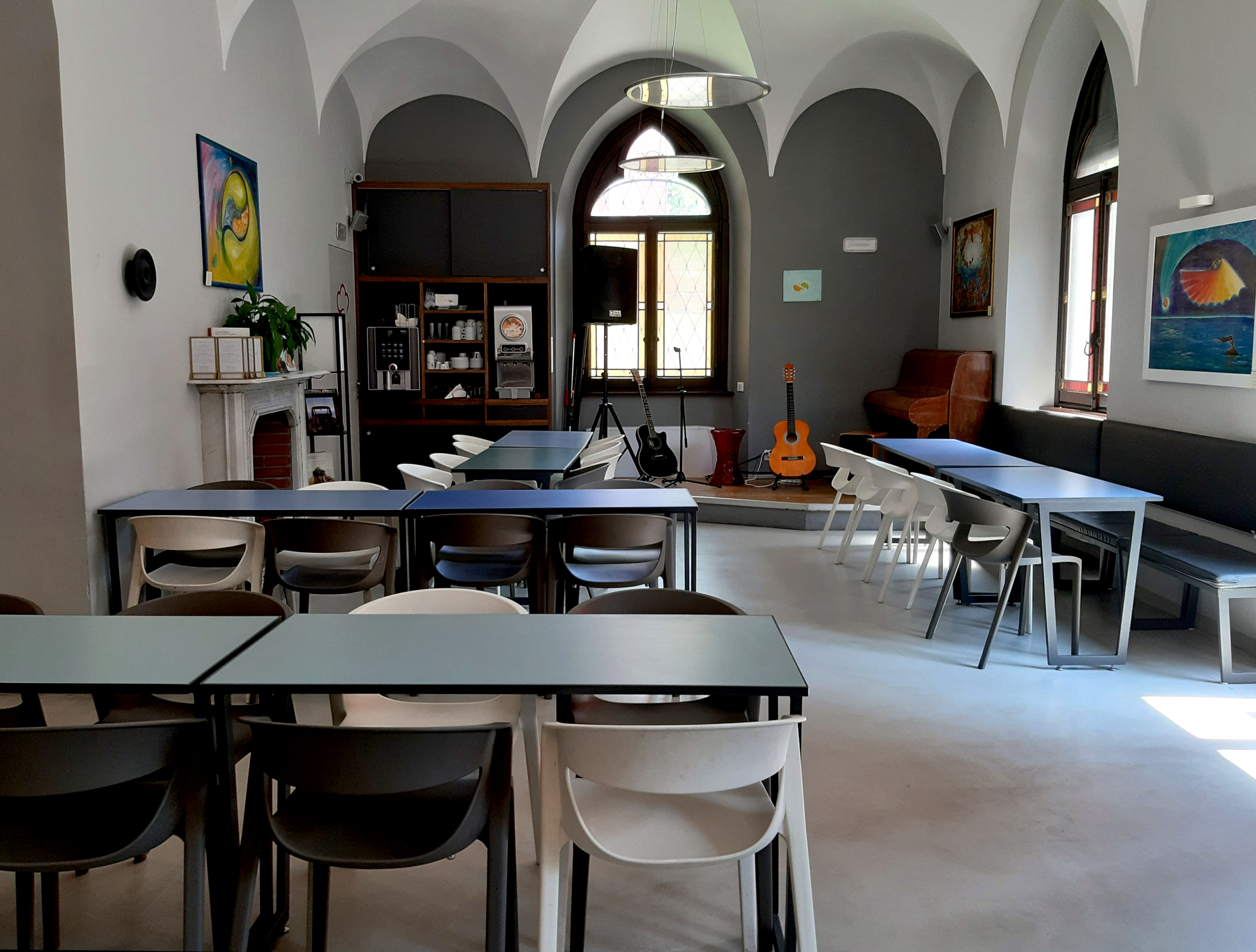 HOSTEL - Babila Hostel & Bistrot