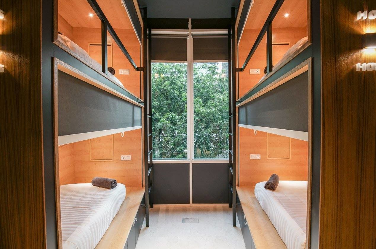 HOSTEL - The Bed Klcc - Capsule Hotel