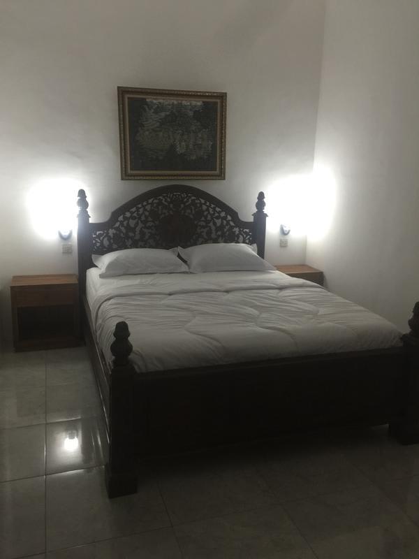 HOSTEL - Anggrek Mas Hostel