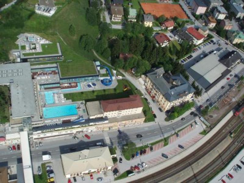 Euro Youth Hotel and Krone