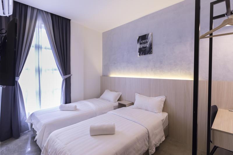 HOSTEL - iO Hotel