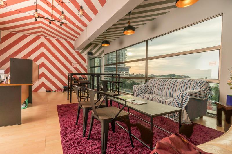 HOSTEL - Seaview Capsule Hotel