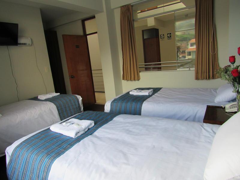 HOSTEL - Julias Hotel