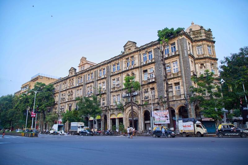 HOSTEL - Empire Royale Hotel