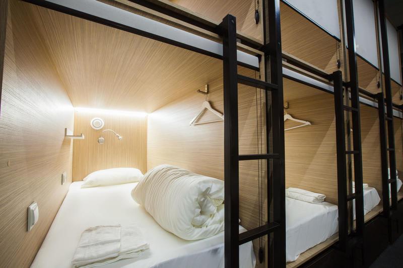 HOSTEL - Buran Capsule Hotel