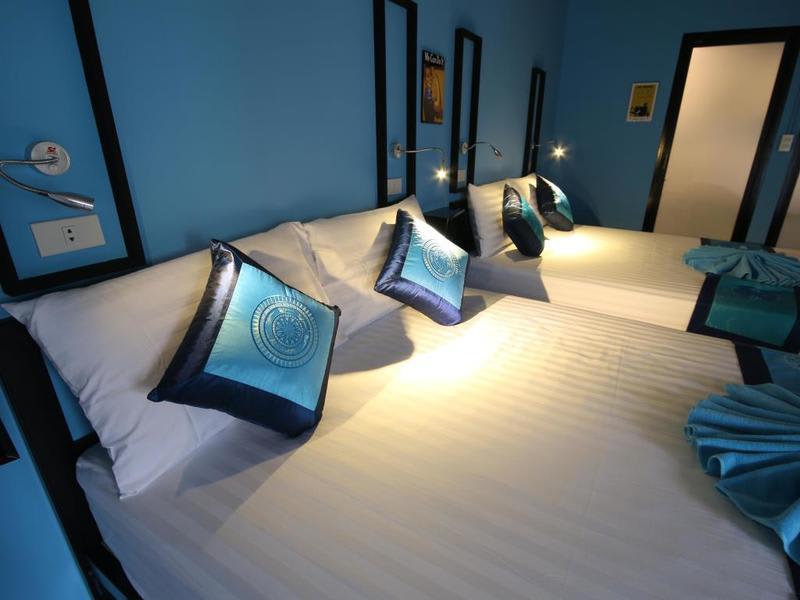 HOSTEL - The Pillow Khaosan Hostel