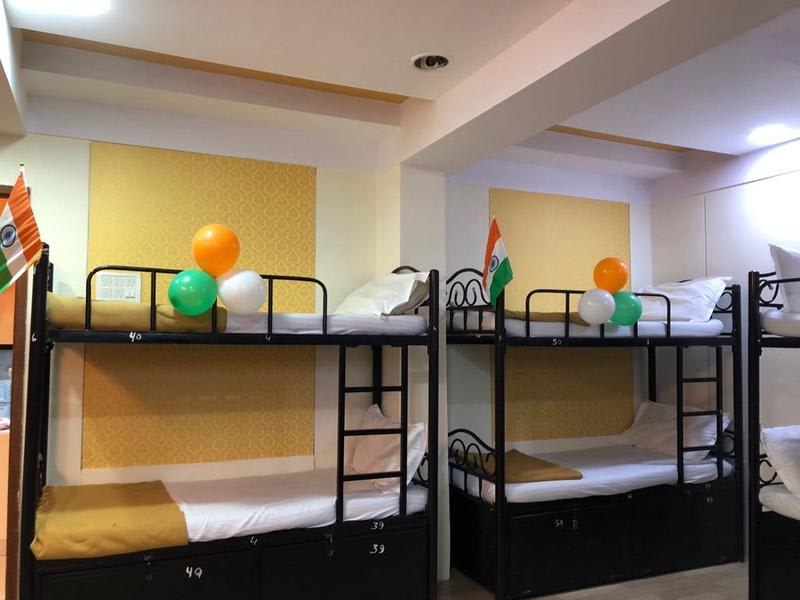 HOSTEL - Bandra Dormitory-Male Only