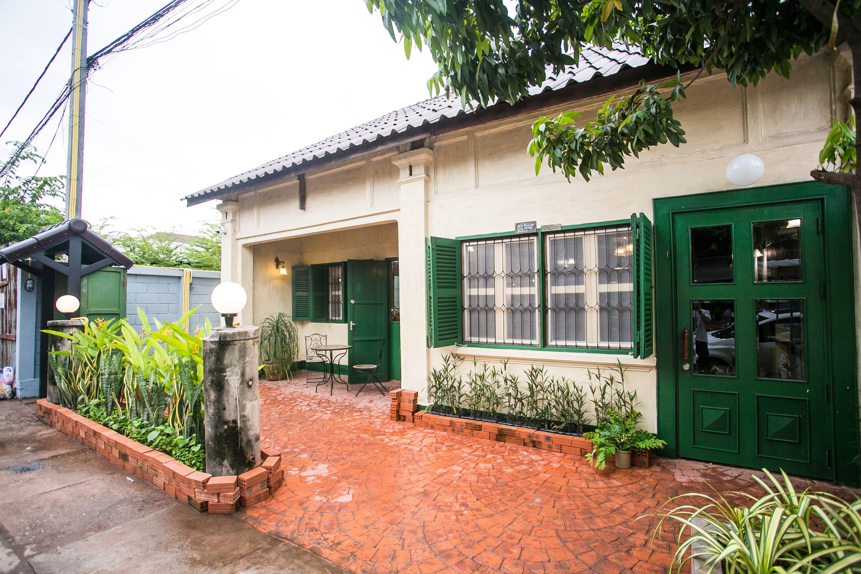 HOSTEL - Barn 1920s Hostel