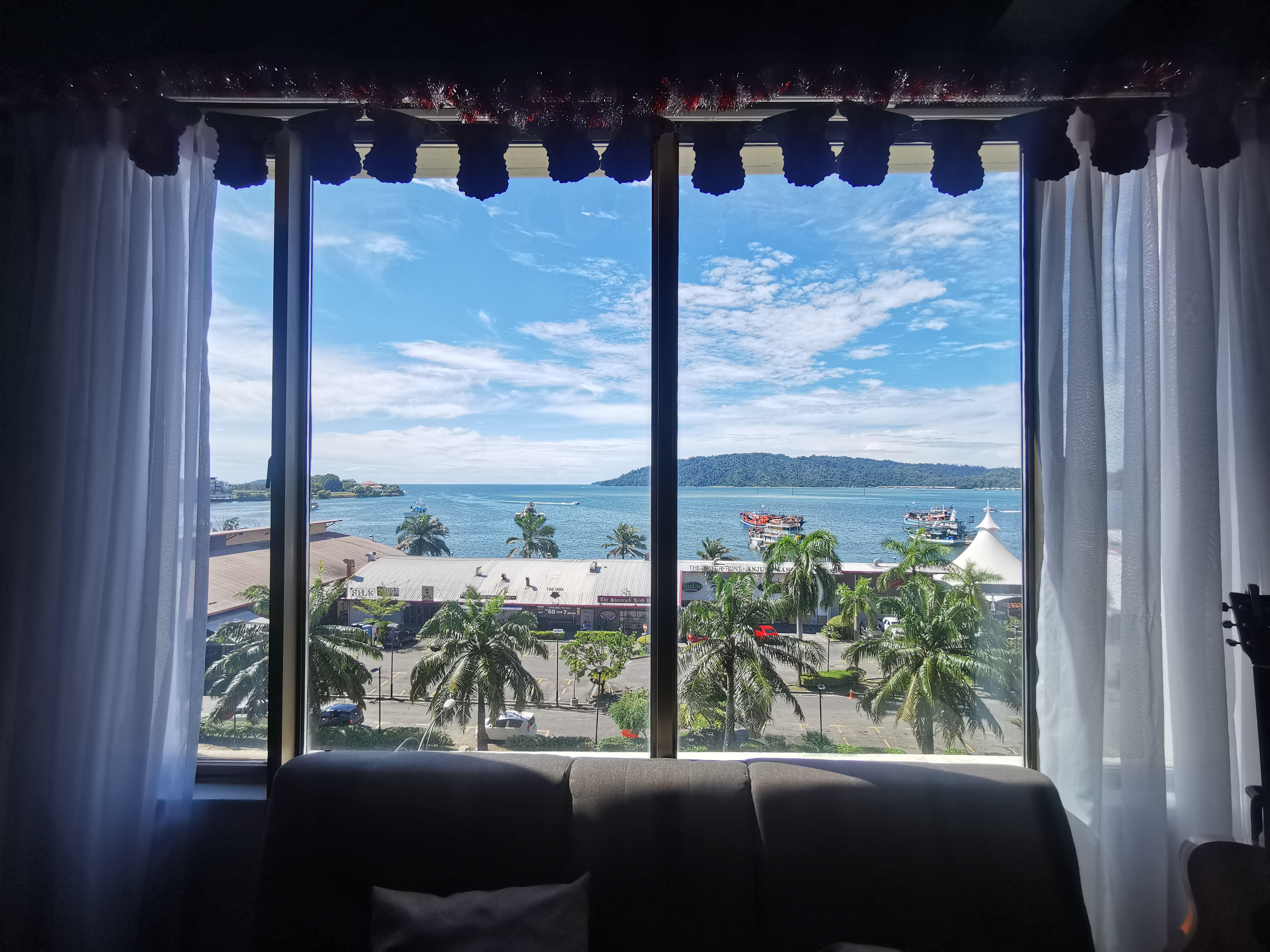HOSTEL - Homy Seafront Hostel